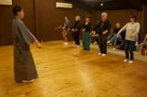 Participants experience Noh movement techniques